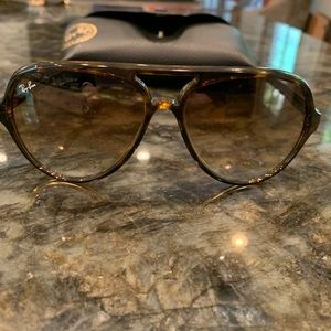 Ray-Ban 4125 Cats 5000 - Tortoise - NEVER WORN